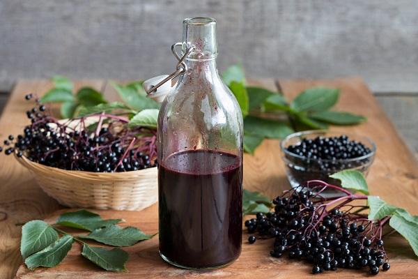 domowy sok z bzu czarnego